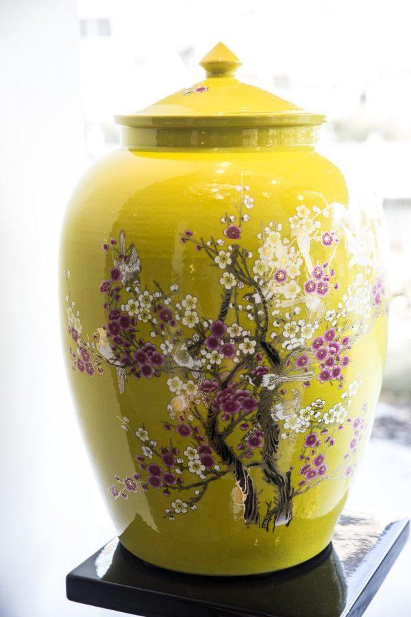 Elegant Living YELLOW JAR WITH BIRDS