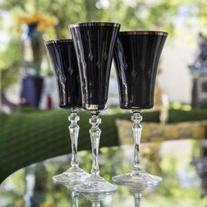 Elegant Living BLACK HERMITAGE GLASS OF WHITE WINE FANCY