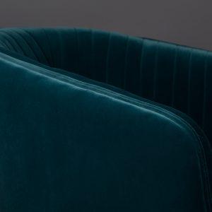 Elegant Living КРЕСЛО DOLLY BLUE DUTCHBONE